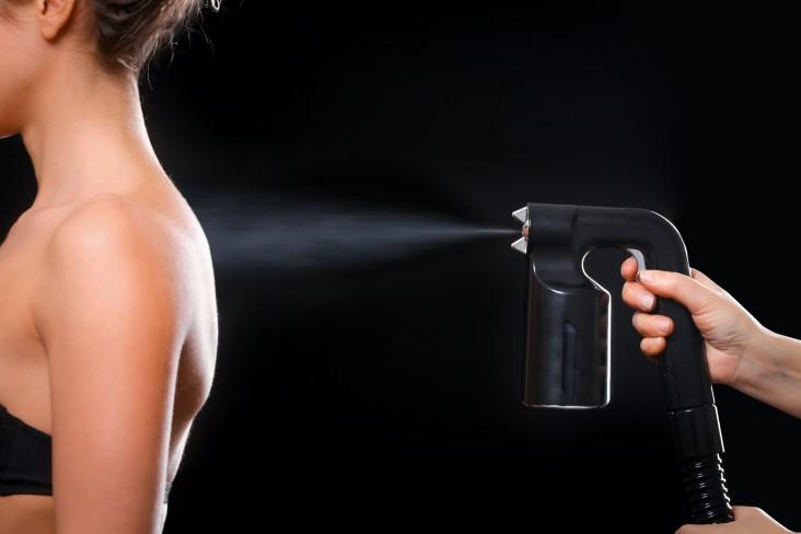 spray tanning image